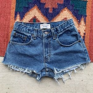 Levi's • Vintage High waisted Cutoffs. Size 25/0/2
